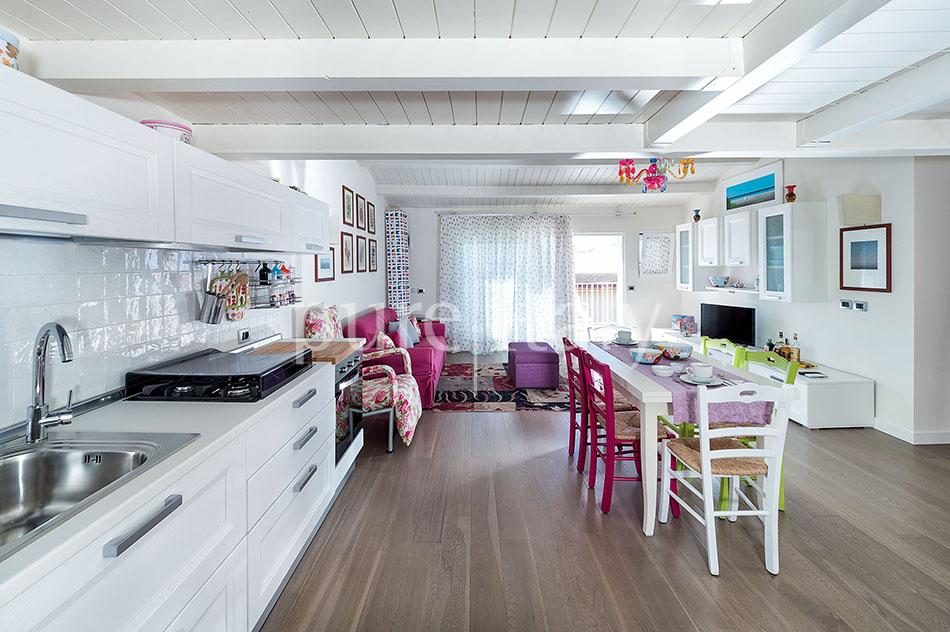 Seaside apartments near amenities, Ragusa   Pure Italy - 18