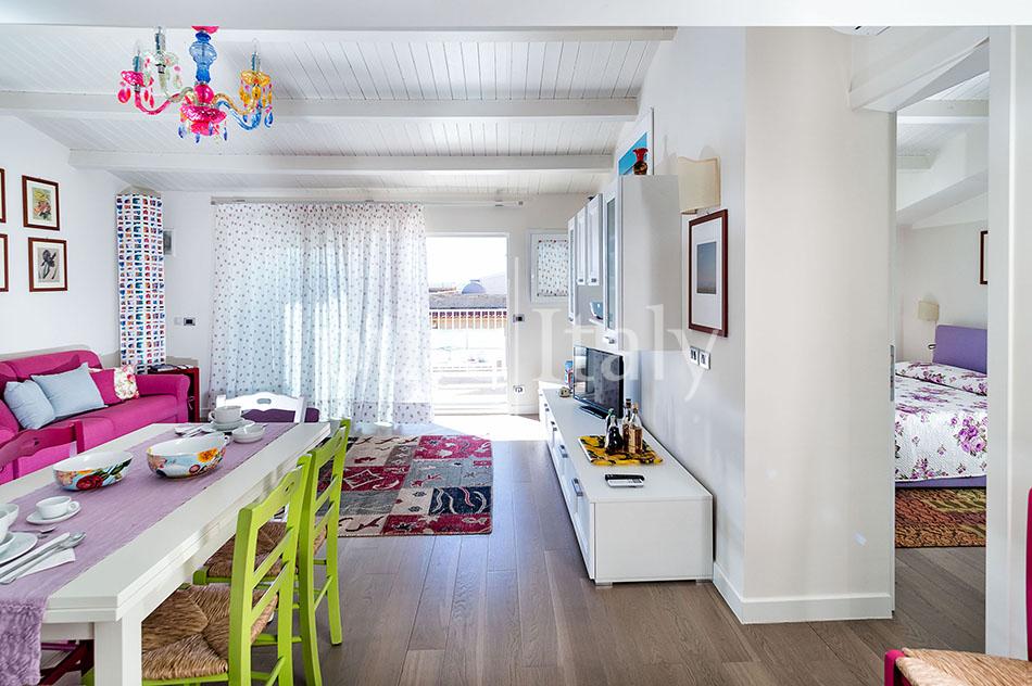 Seaside apartments near amenities, Ragusa   Pure Italy - 20