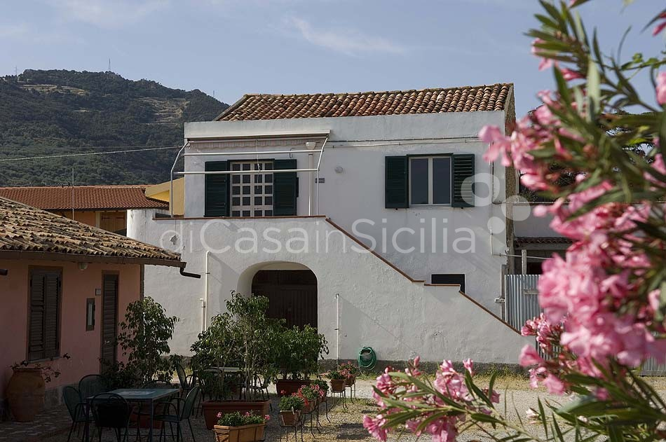 Holiday summer houses, North-east of Sicily | Di Casa in Sicilia - 0
