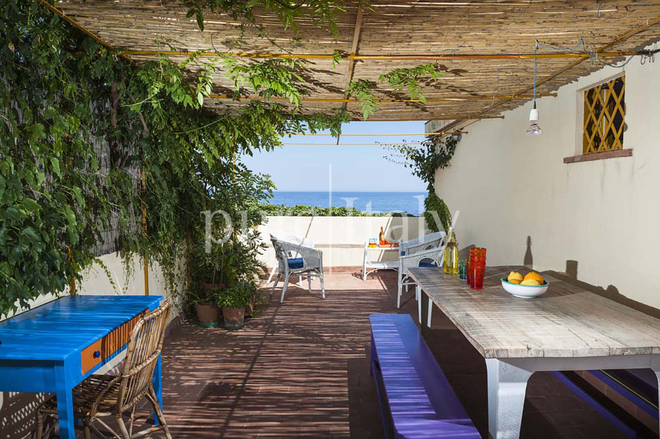 Holiday homes on the seafront on Sicily's east coast |Pure Italy - 10