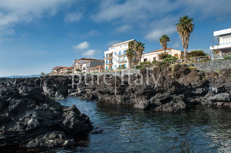 Holiday homes on the seafront on Sicily's east coast |Pure Italy - 29