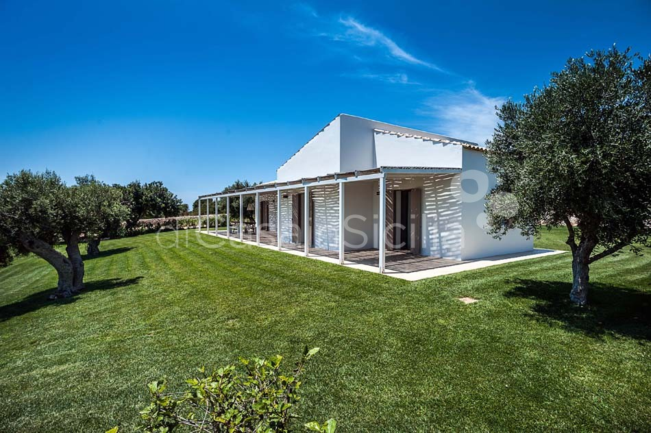 Villas with pool near Scicli, Val di Noto | Di Casa in Sicilia - 5