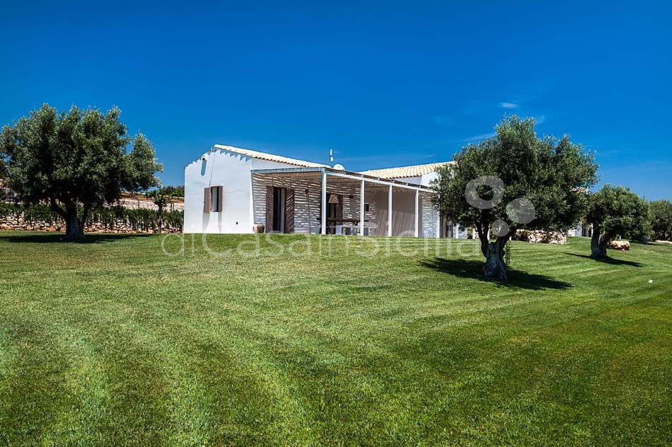 Villas with pool near Scicli, Val di Noto | Di Casa in Sicilia - 6