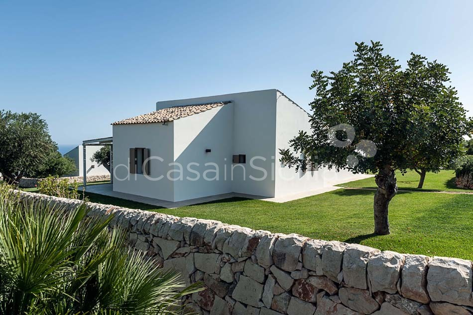 Villas with pool near Scicli, Val di Noto | Di Casa in Sicilia - 8