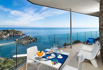 Isola Bella Terrace